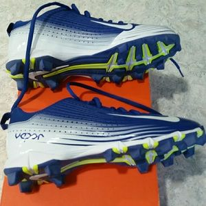 best website c137a 5cef6 Nike Shoes - NIB Boys Baseball Cleats
